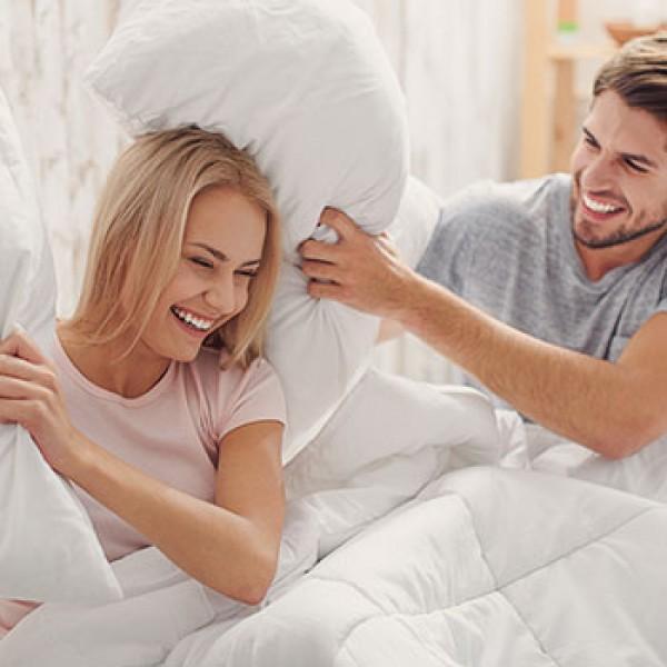 Waarom mensen slapen royal health foam for Waarom kussen mensen